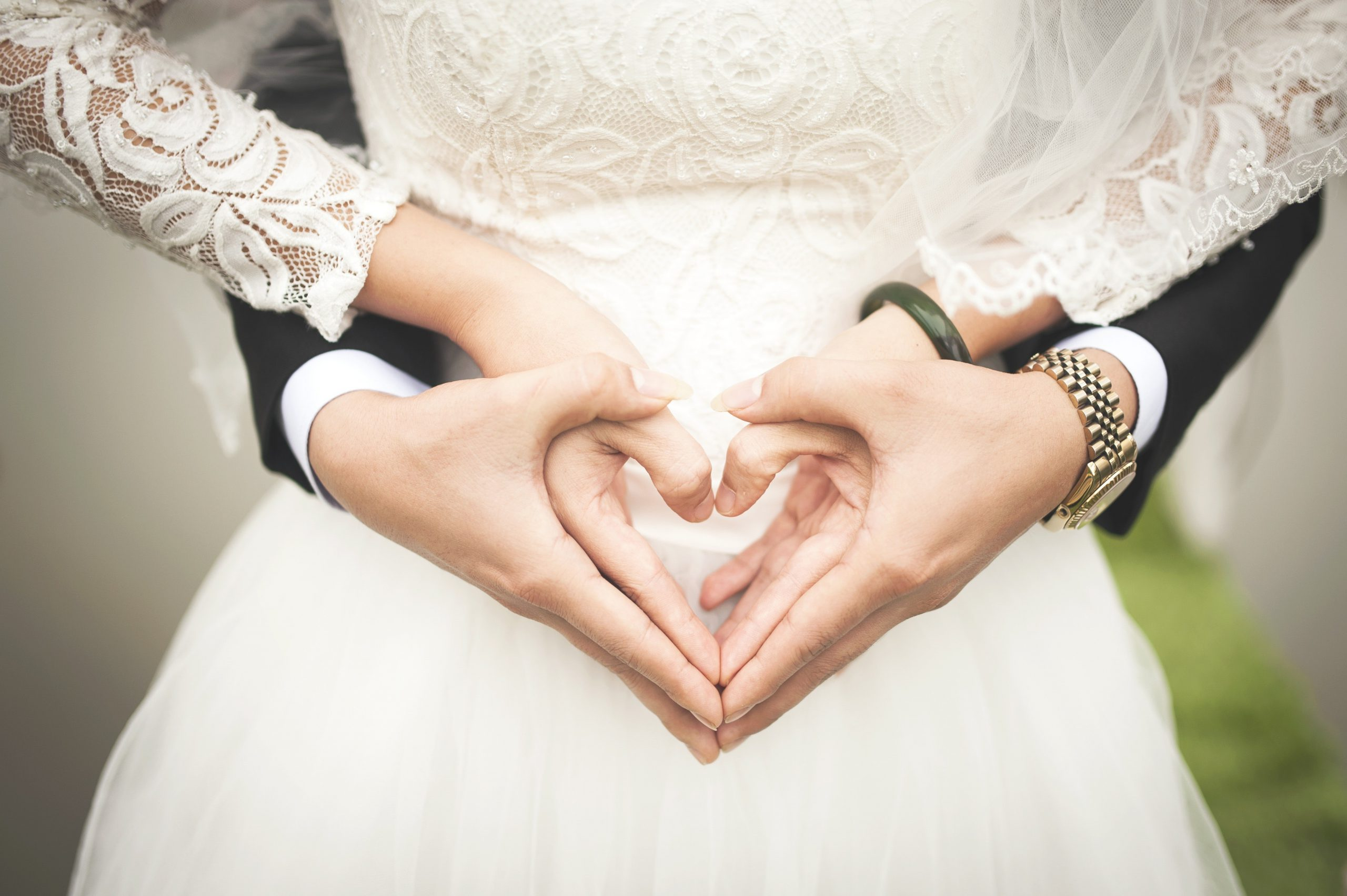 What's the right wedding ceremony for you?